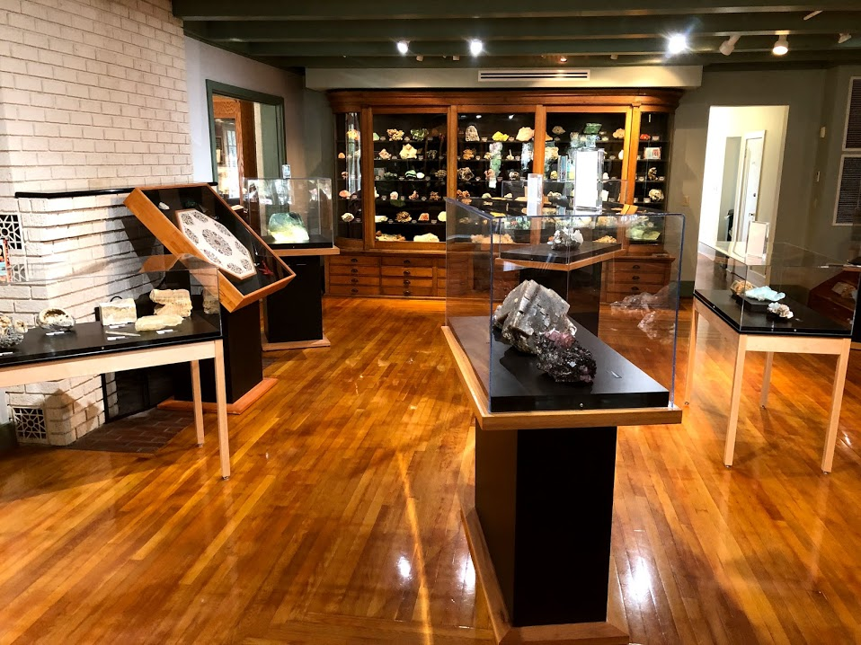 Gillespie-Museum-Stetson-U_DeLand-FL.jpg