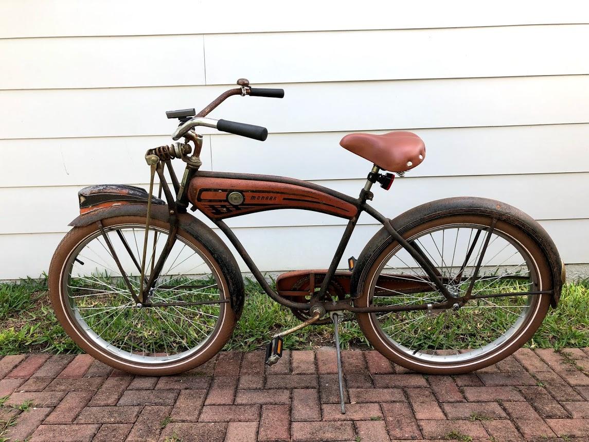 Sweet_Bike_1956_Monark_Cycle_King.jpg