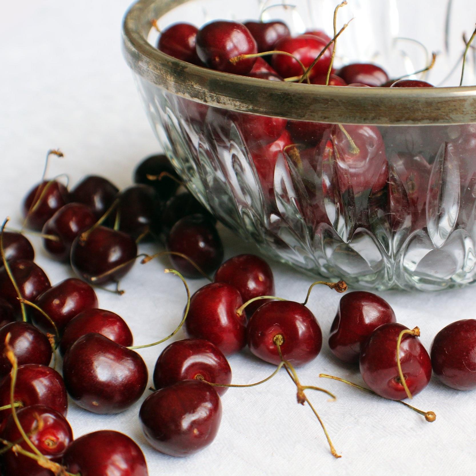 cherries-in-a-bowl.jpg