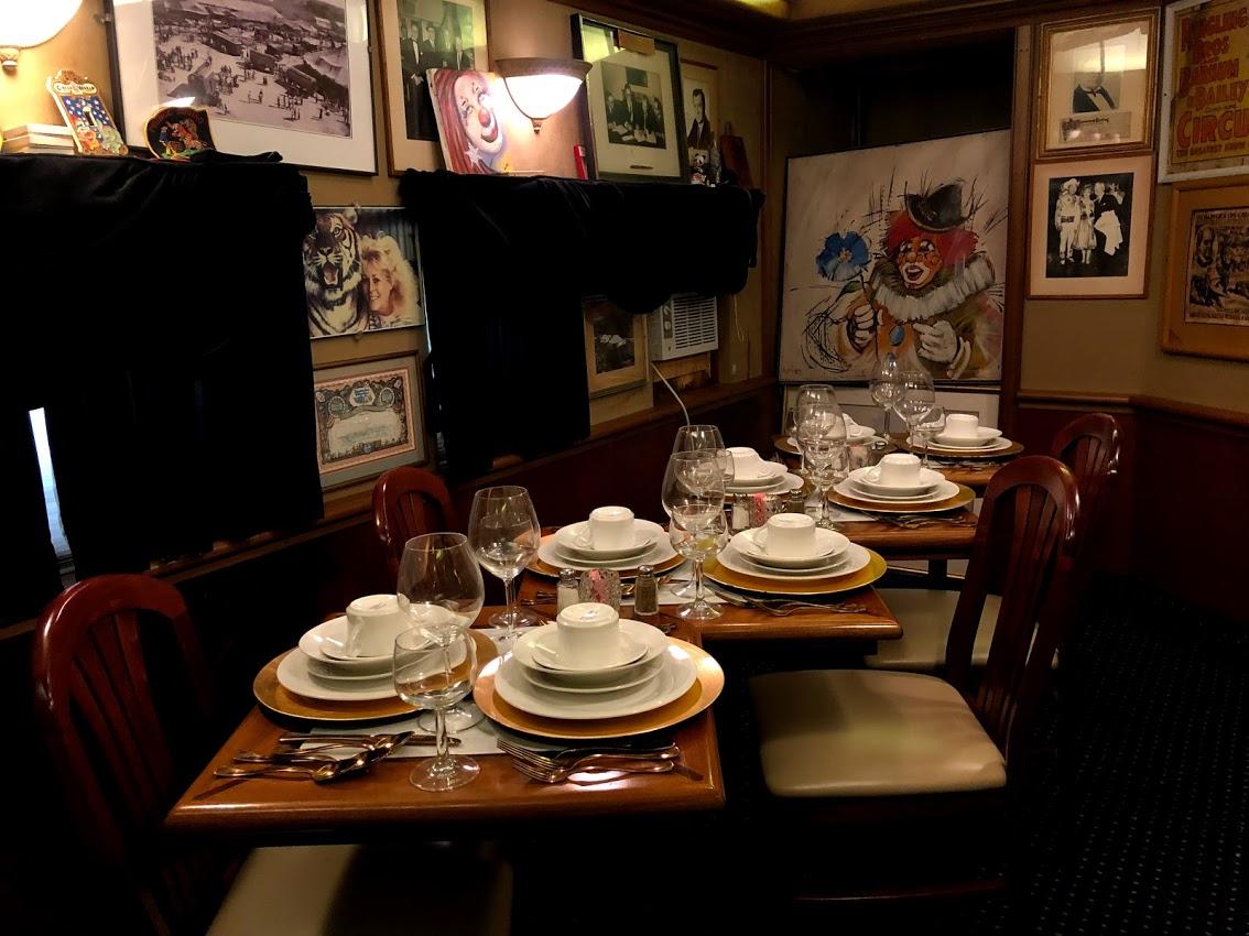 Private_Dining_Car_Bobs_Train.jpg
