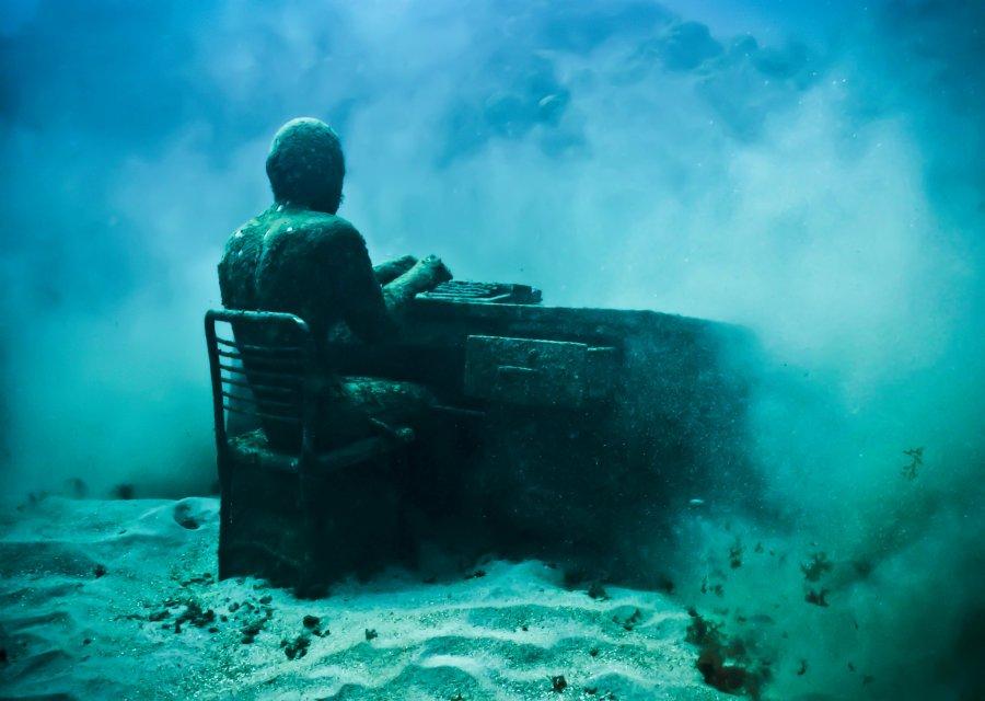 The_Lost_Correspondent_Depth_8m_Grenada
