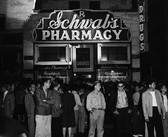 Schwabs-Pharmacy-Fifties.jpg