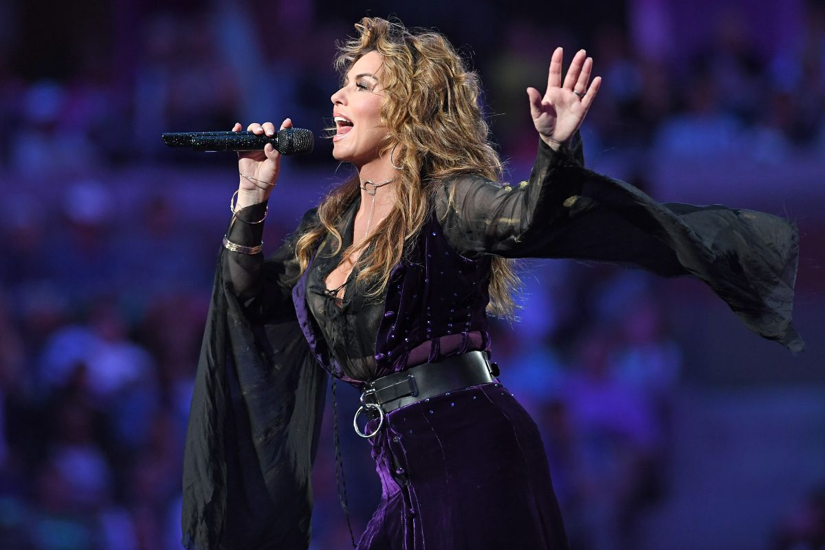 shania-twain-performs-at-arthur-ashe-stadium-at-opening-night-of-us-open-08-28-2017_8.jpg