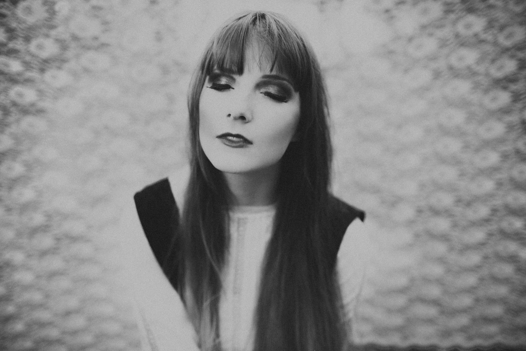Lauren Apel Photo-the Dark-2.jpg