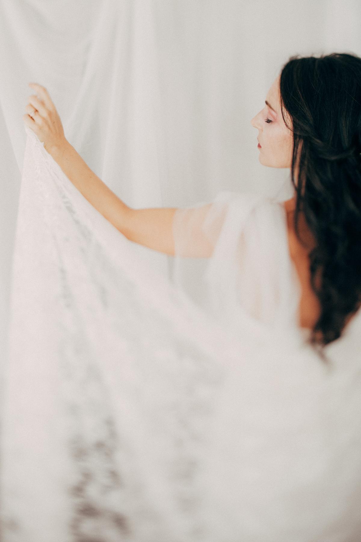 Lauren Apel Photo-the Romantic-19.jpg