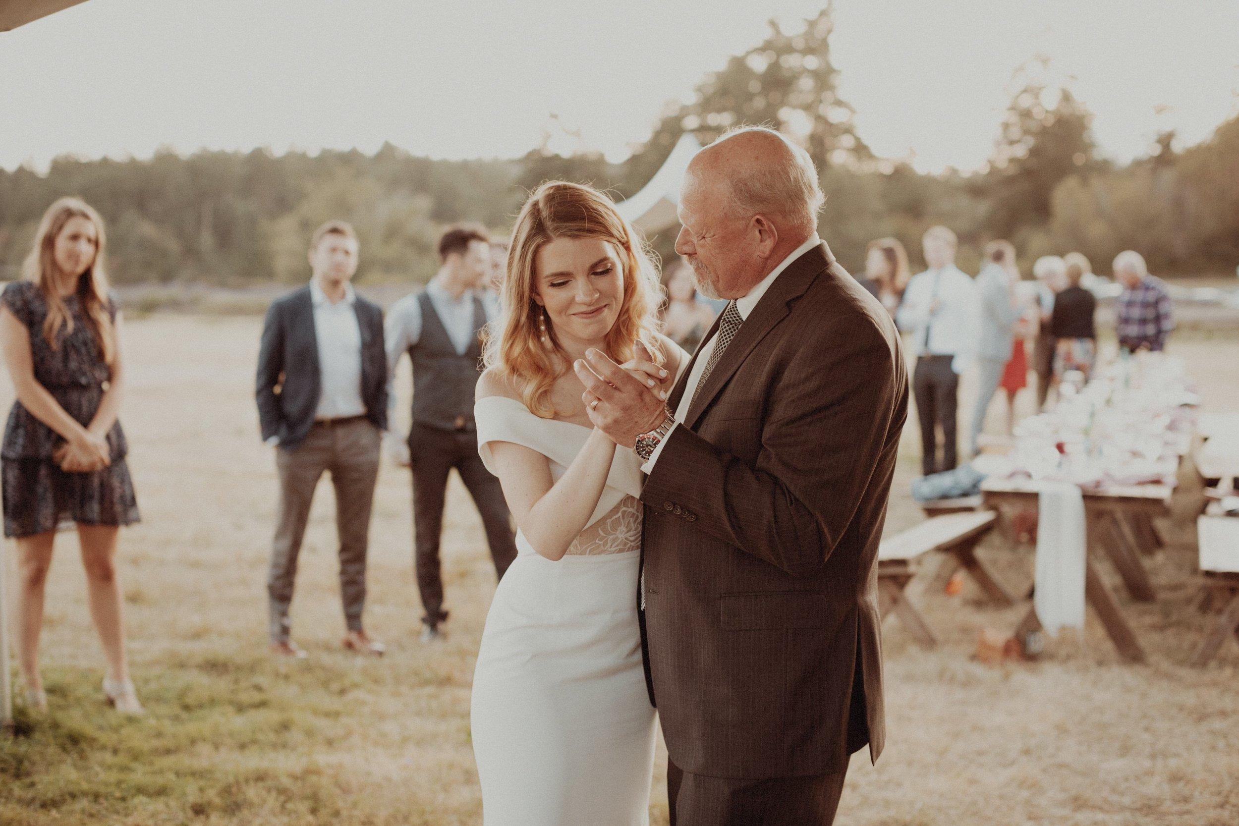 L and J Wedding.Lauren Apel Photo923.JPG