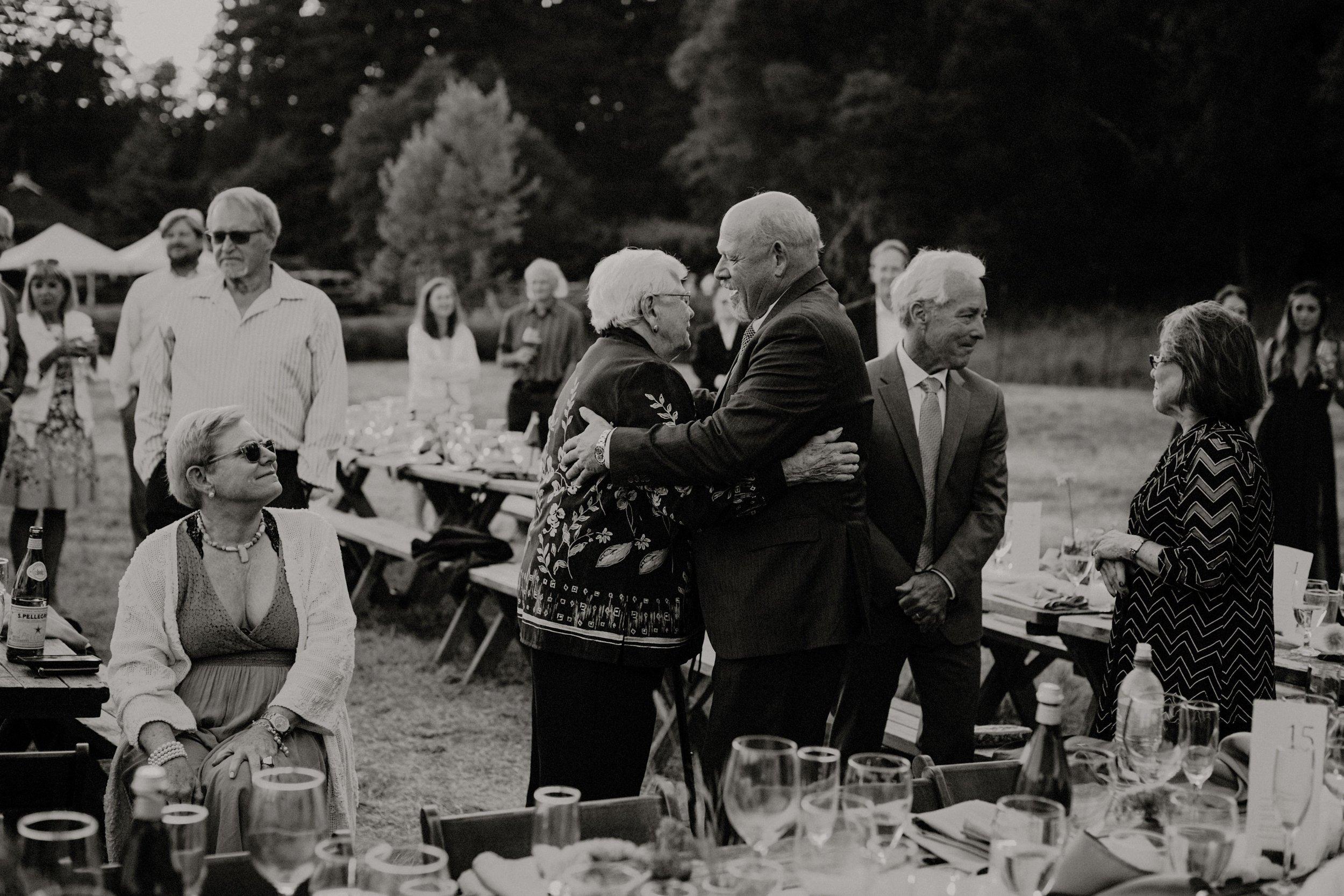 L and J Wedding.Lauren Apel Photo928.JPG