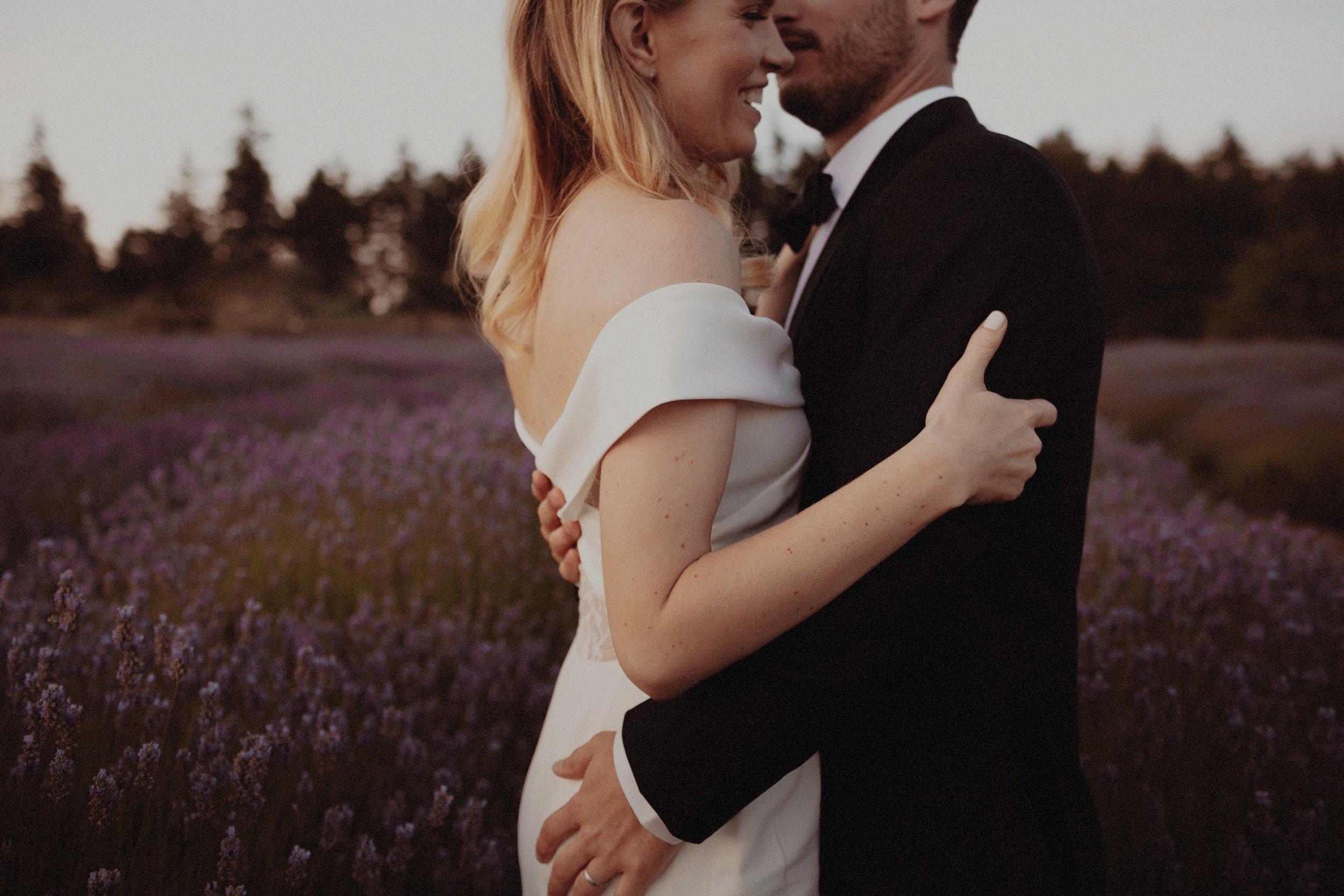 L and J Wedding.Lauren Apel Photo964.JPG