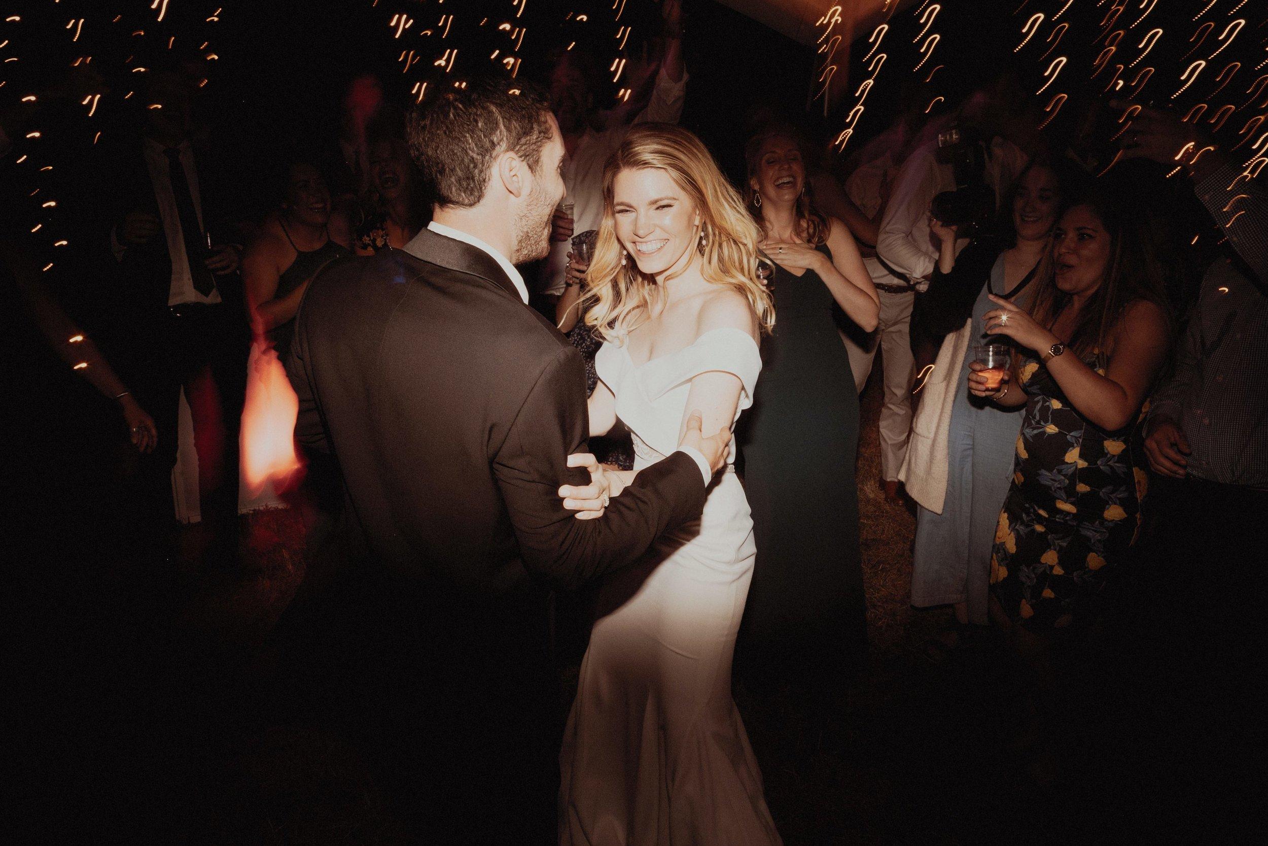 L and J Wedding.Lauren Apel Photo1153.JPG