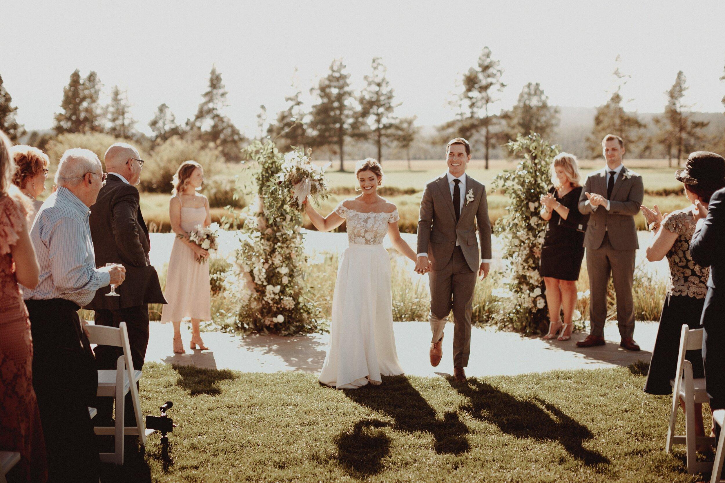 J and M Wed in Sunriver.Lauren Apel Photo514.jpg