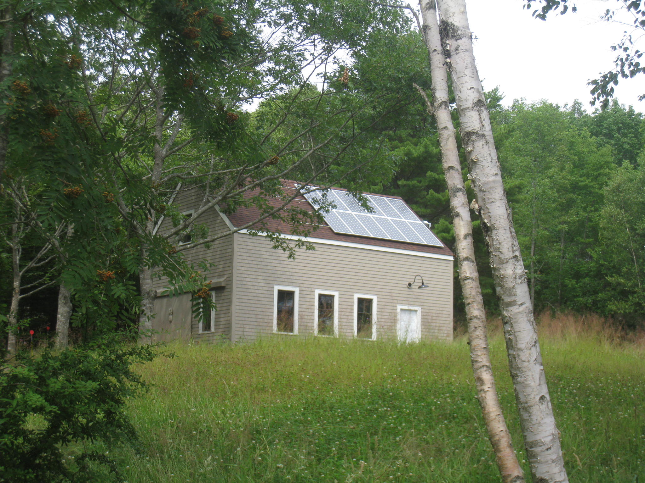 The PV system was placed on the garage where solar exposure was ideal.