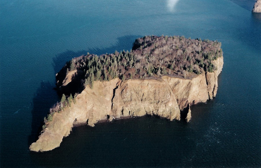 The island location was a great challenge for the construction team