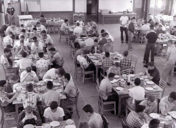 Dining Hall Interior 1955.jpg