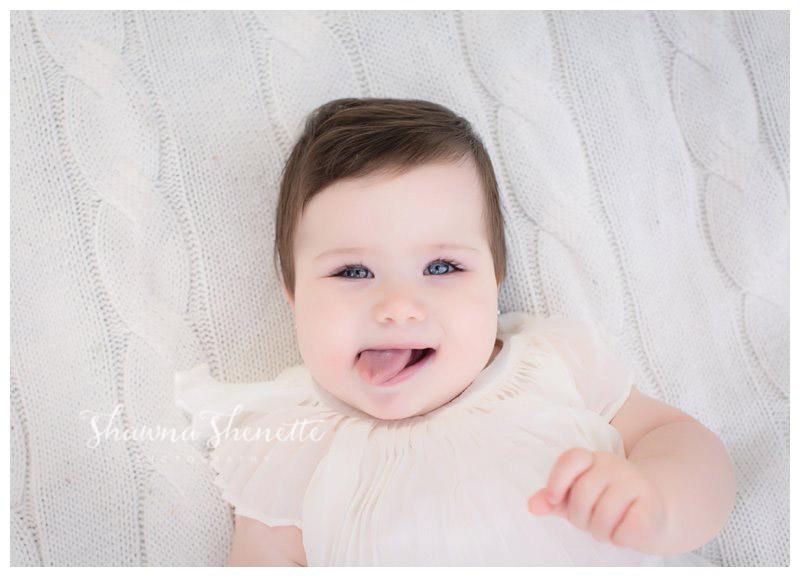 Best Massachusetts Baby Photographer Worcester Millbury Outdoor 9 Month Old Baby Girl Photos Natick Boston Marlborough Shrewsbury Grafton_0234.jpg