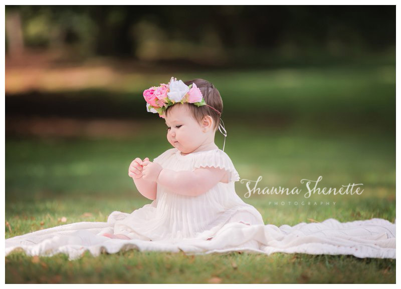 Best Massachusetts Baby Photographer Worcester Millbury Outdoor 9 Month Old Baby Girl Photos Natick Boston Marlborough Shrewsbury Grafton_0232.jpg