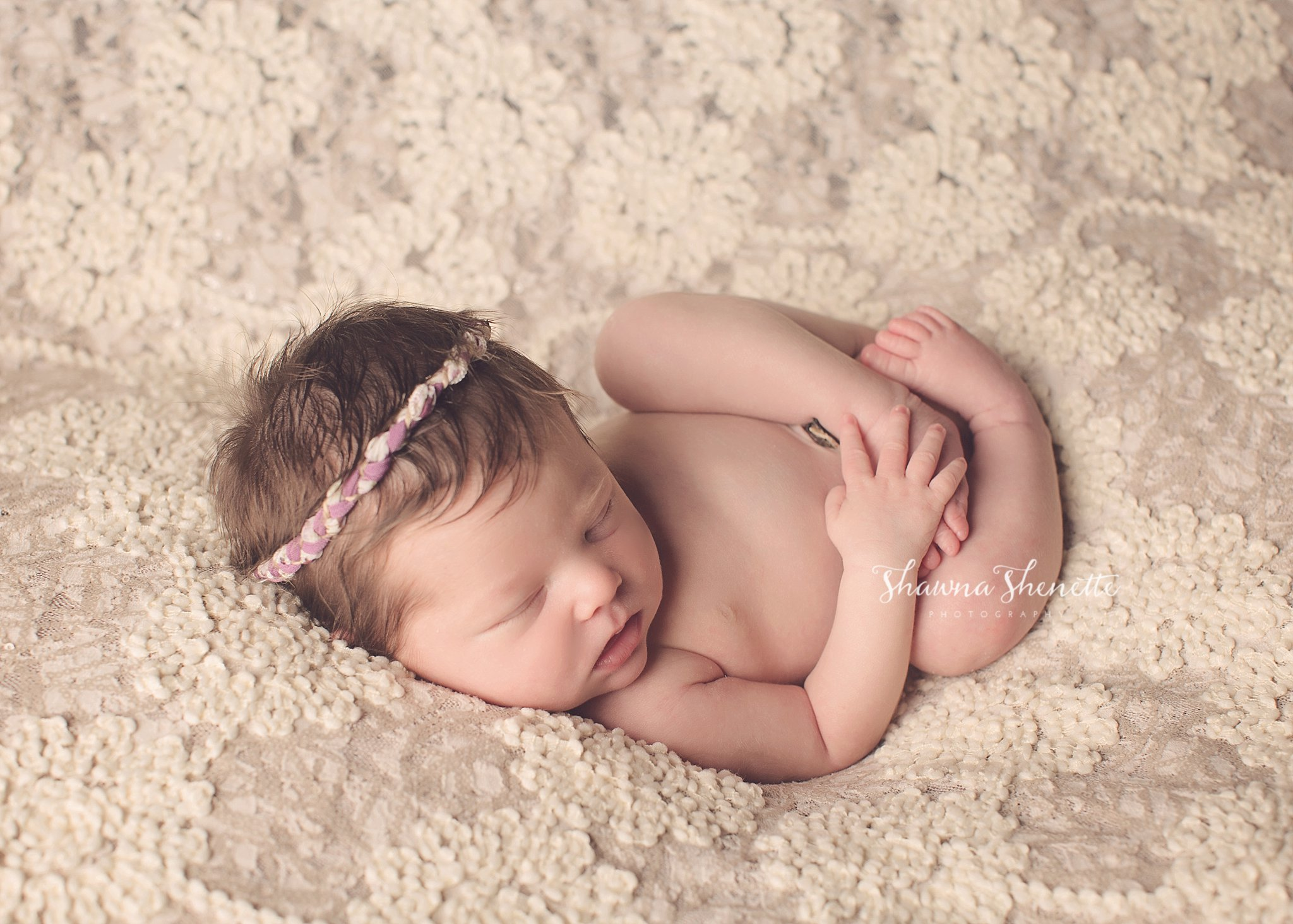 Worcester MA Newborn Baby Girl Photographer Auburn Millbury Sutton Boston Metrowest Newborn Photos Sweet Baby Girl Photos_0019.jpg