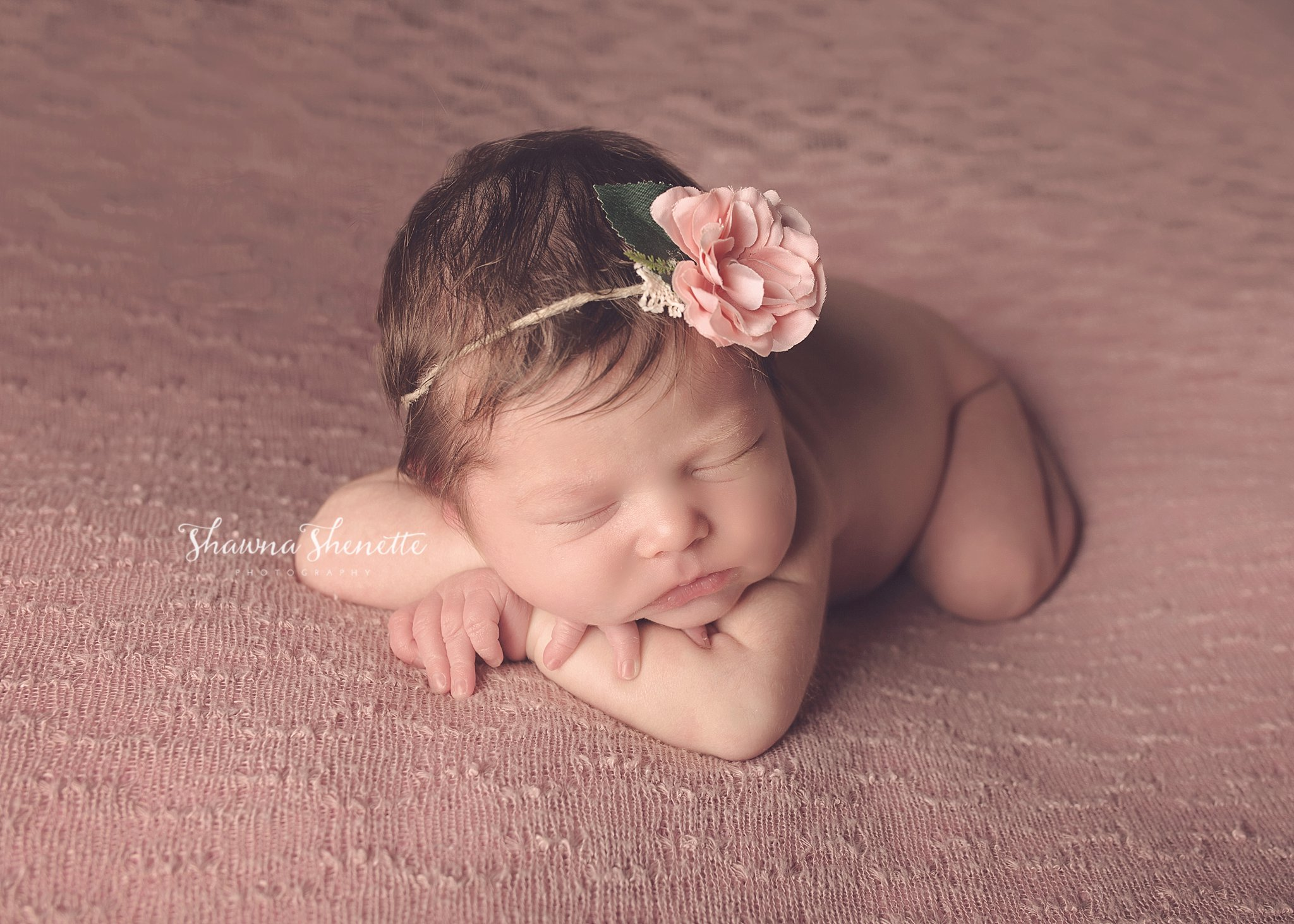 Worcester MA Newborn Baby Girl Photographer Auburn Millbury Sutton Boston Metrowest Newborn Photos Sweet Baby Girl Photos_0026.jpg