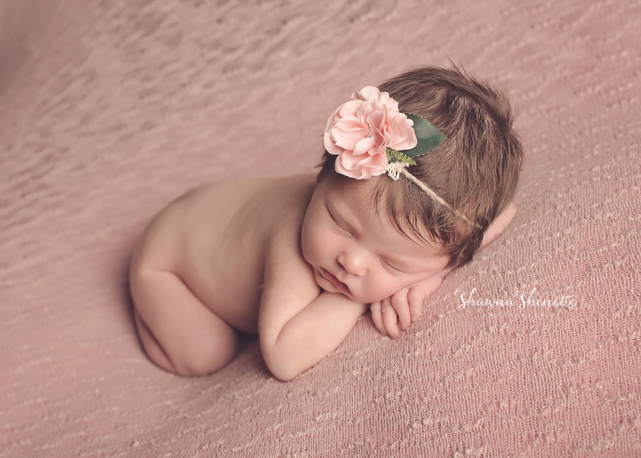 Worcester MA Newborn Baby Girl Photographer Auburn Millbury Sutton Boston Metrowest Newborn Photos Sweet Baby Girl Photos_0025.jpg