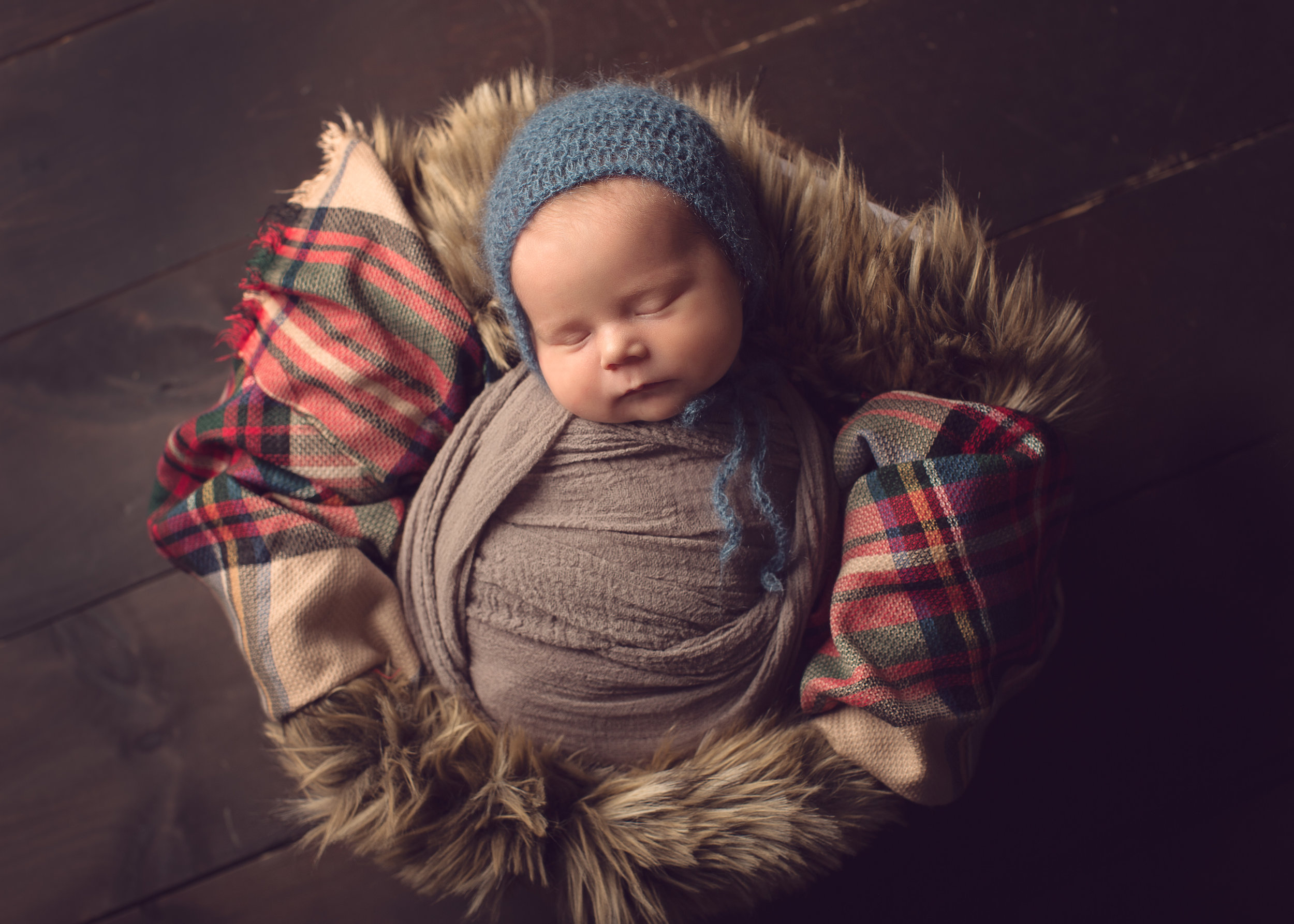 millbury_newborn_photographer_massachusetts_boston_baby_boy_photos.jpg