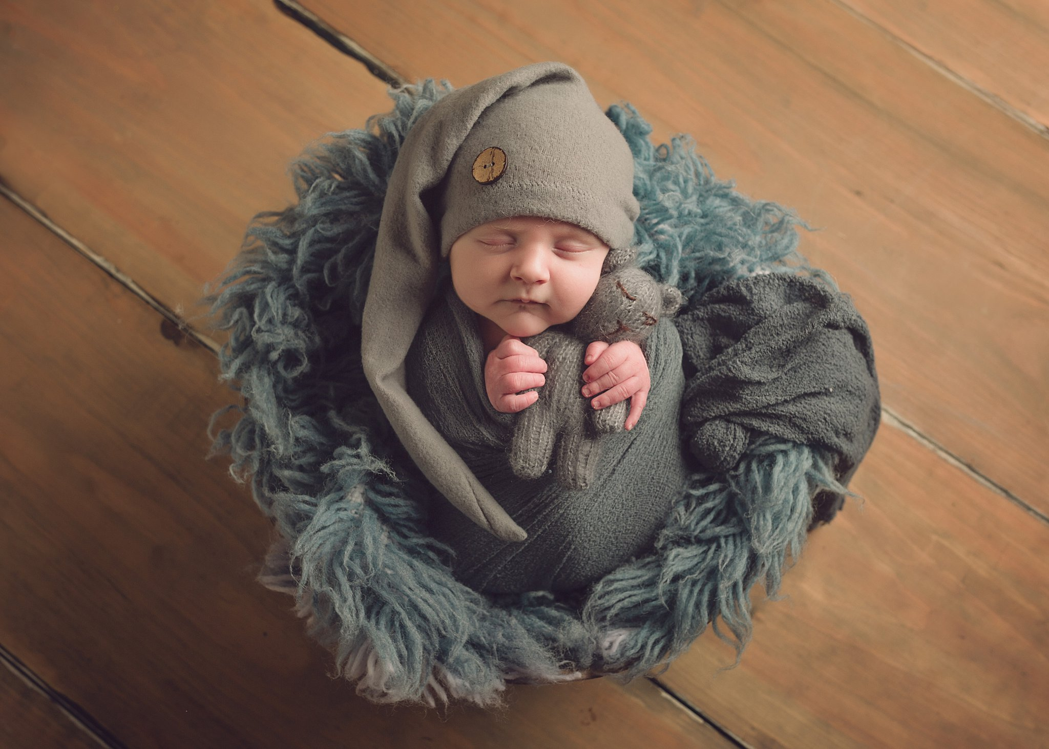 Worcester Newborn Photographer Best Boston Massachusetts Baby BOY Photos_0058.jpg