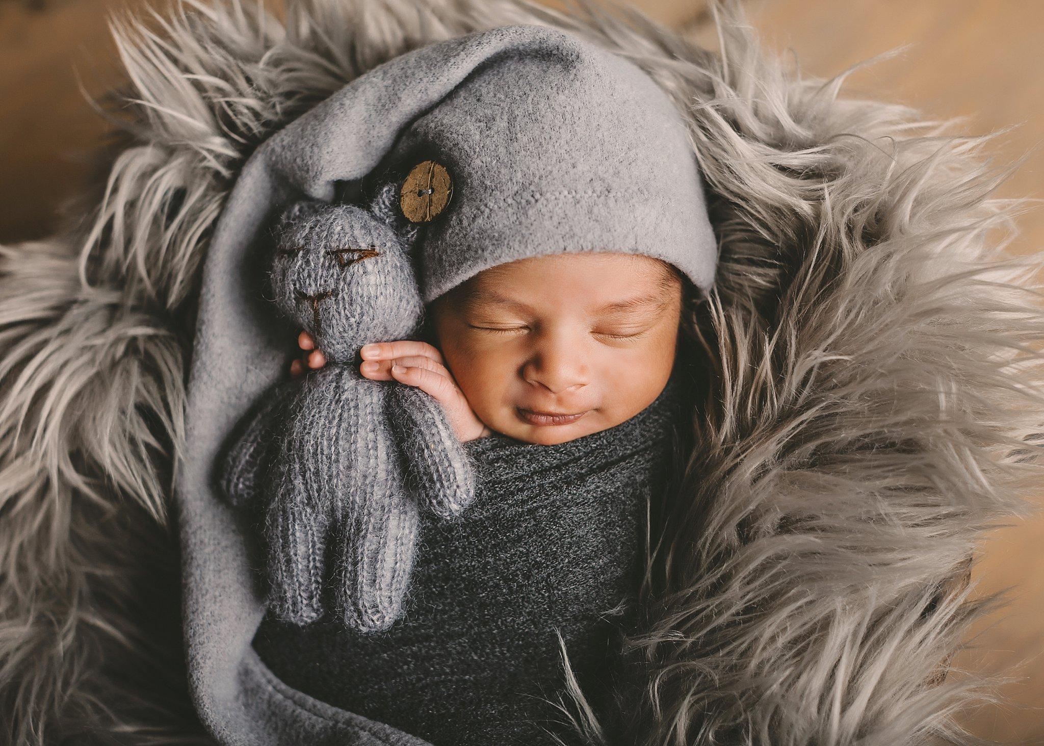 Worcester Newborn Photographer Best Boston Massachusetts Millbury Baby BOY Photos_0079.jpg