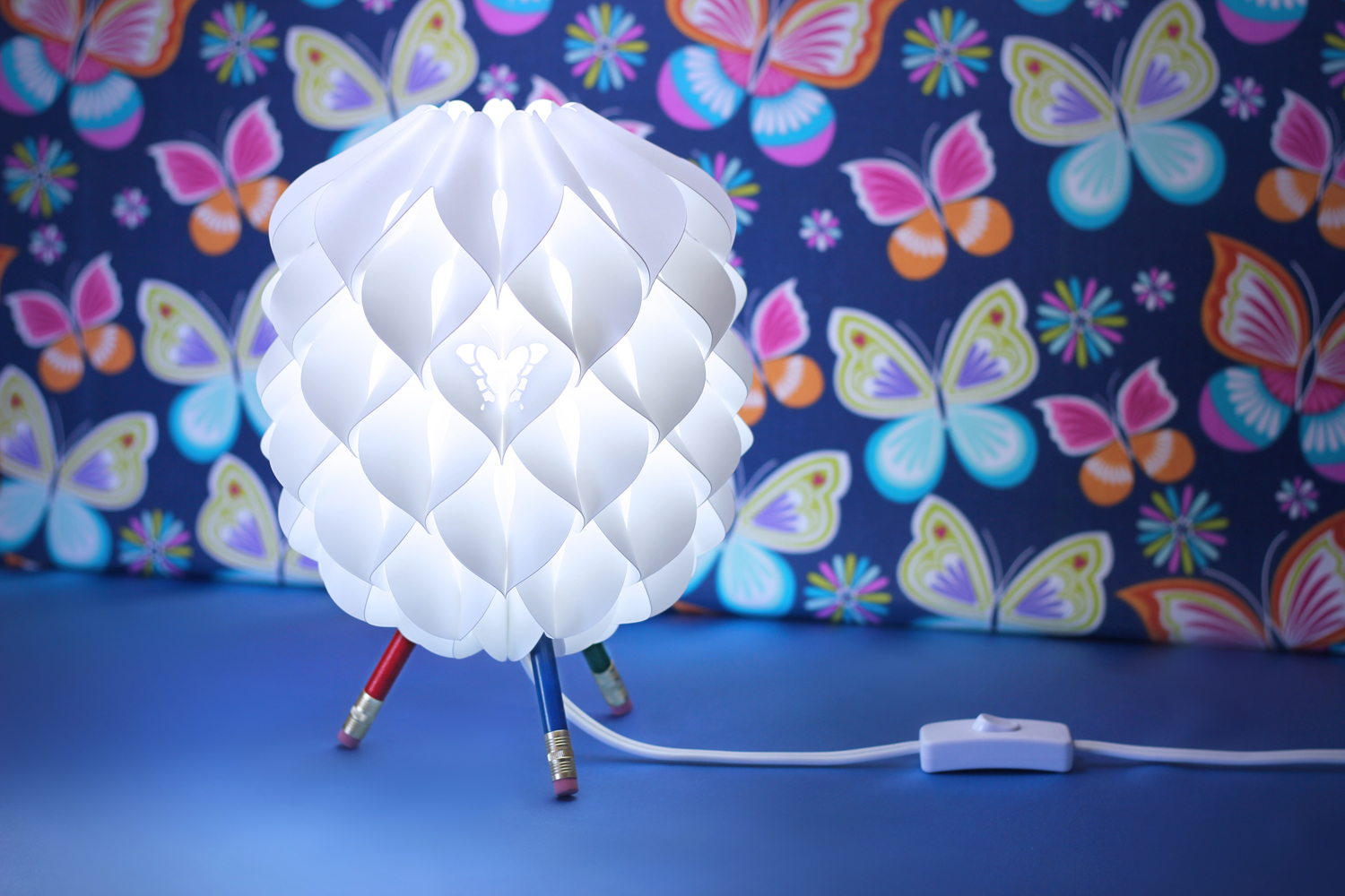sq hr niki lamp blue butterfly.jpg