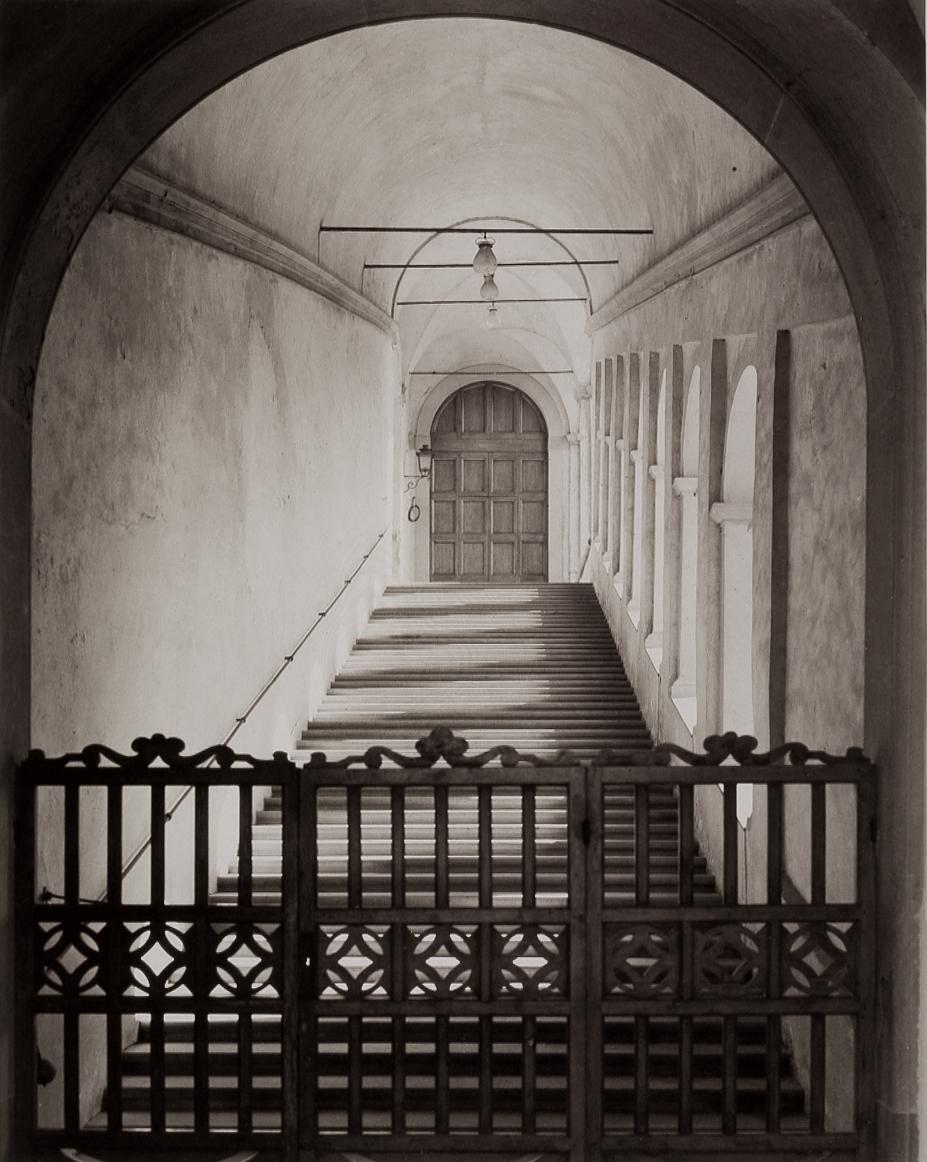 T-Wooden Gate and Stairs-Chiesa la Certosa, Galluzzo.jpg