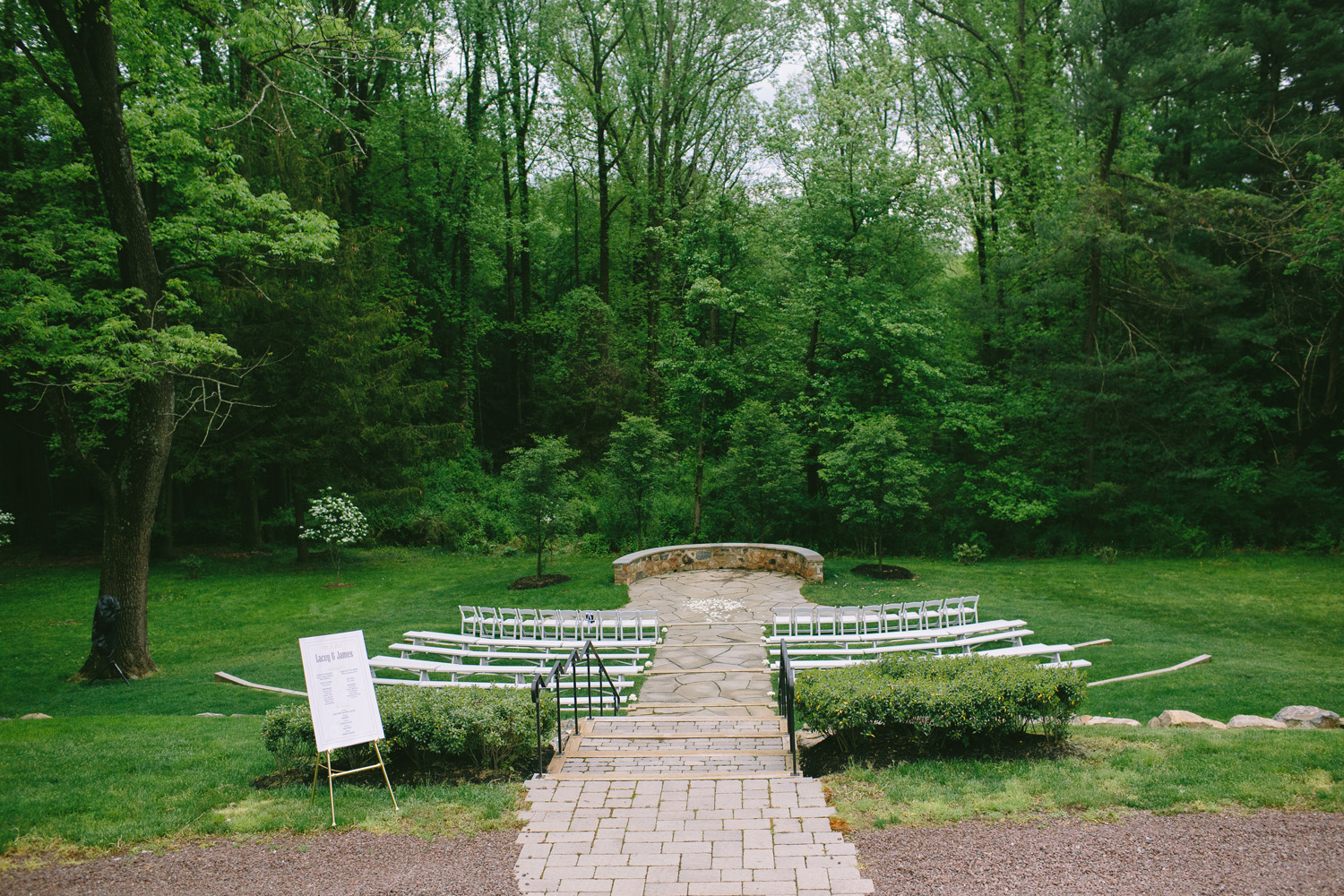 PA vinyard wedding_028.jpg