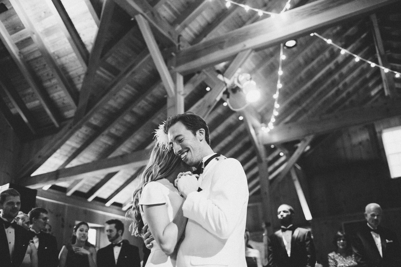 PA vinyard wedding_049.jpg