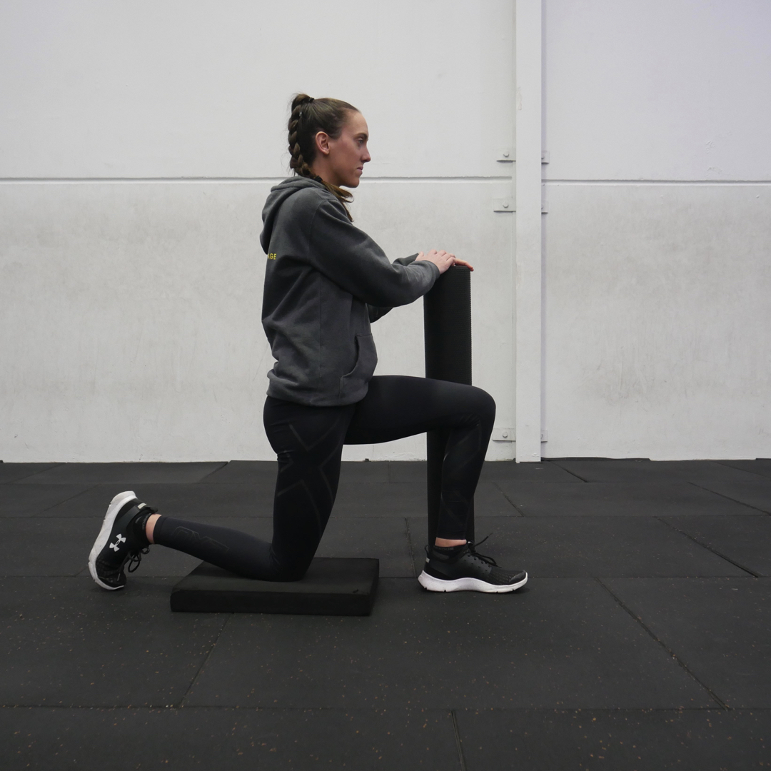 The kneeling hip flexor stretch done properly. Up tall, core and glutes engaged, pelvis tucked under