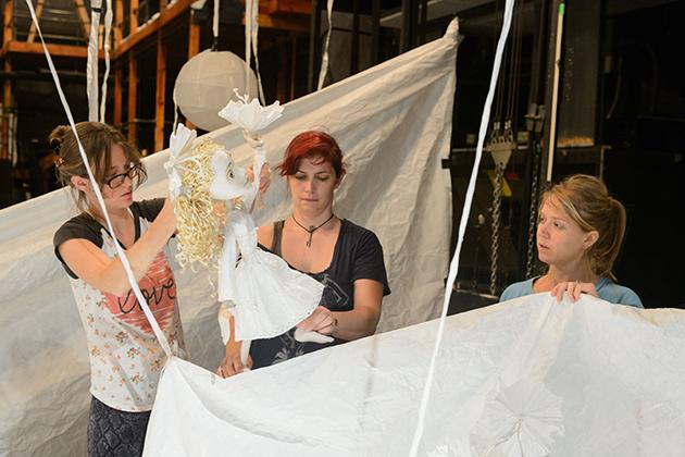Unfolding_Puppet150911b047.jpg