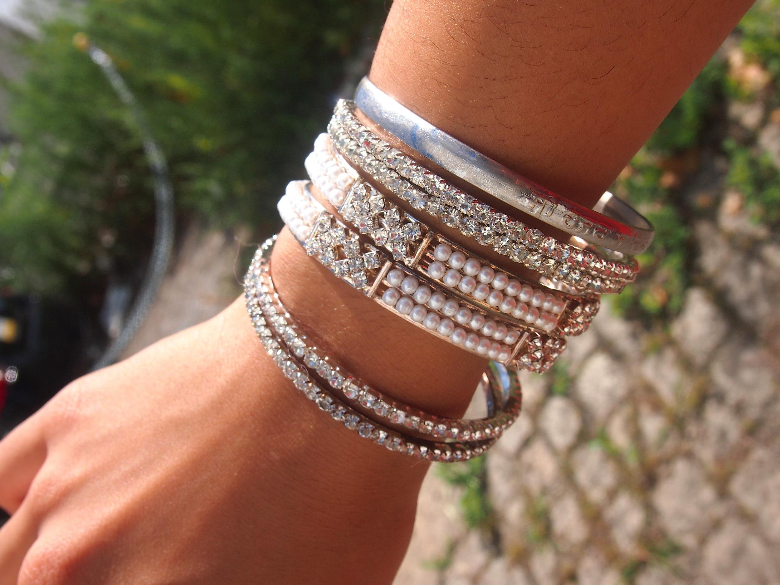 silver-indian-bangles.JPG