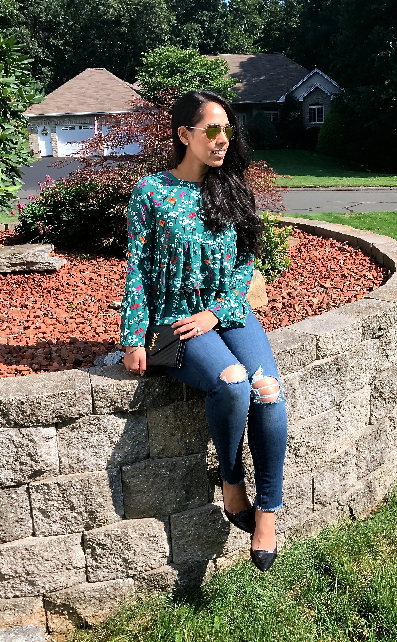 must-have-floral-blouse-fall