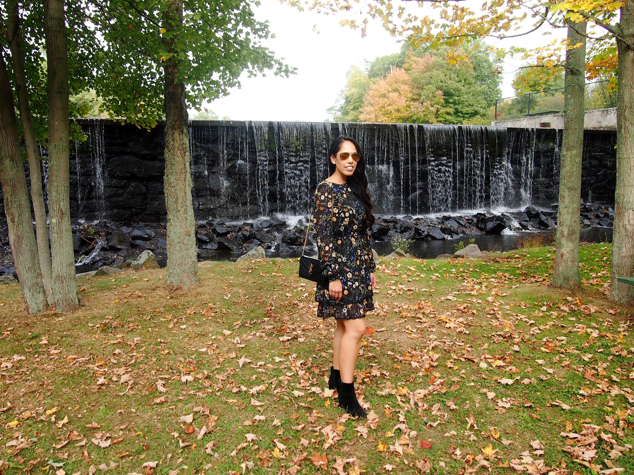 booties-midi-dress-fall-fashion-trend-mygoldenbeauty