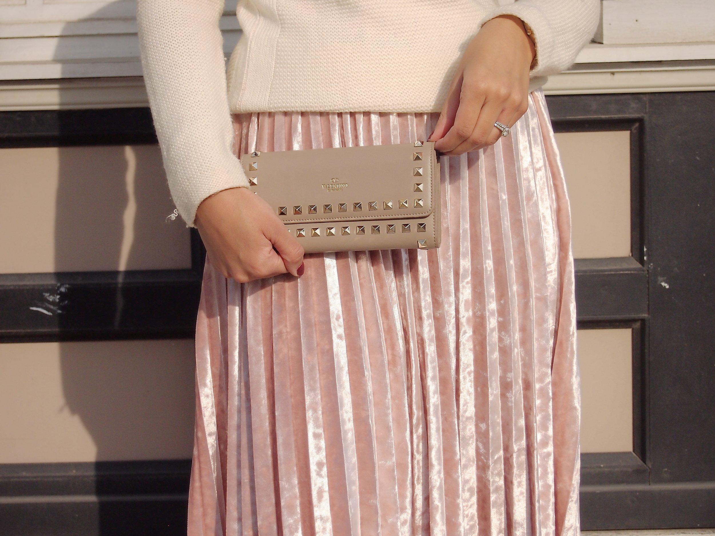 blush-valentino-wallet-philadelphia-fashion-blogger