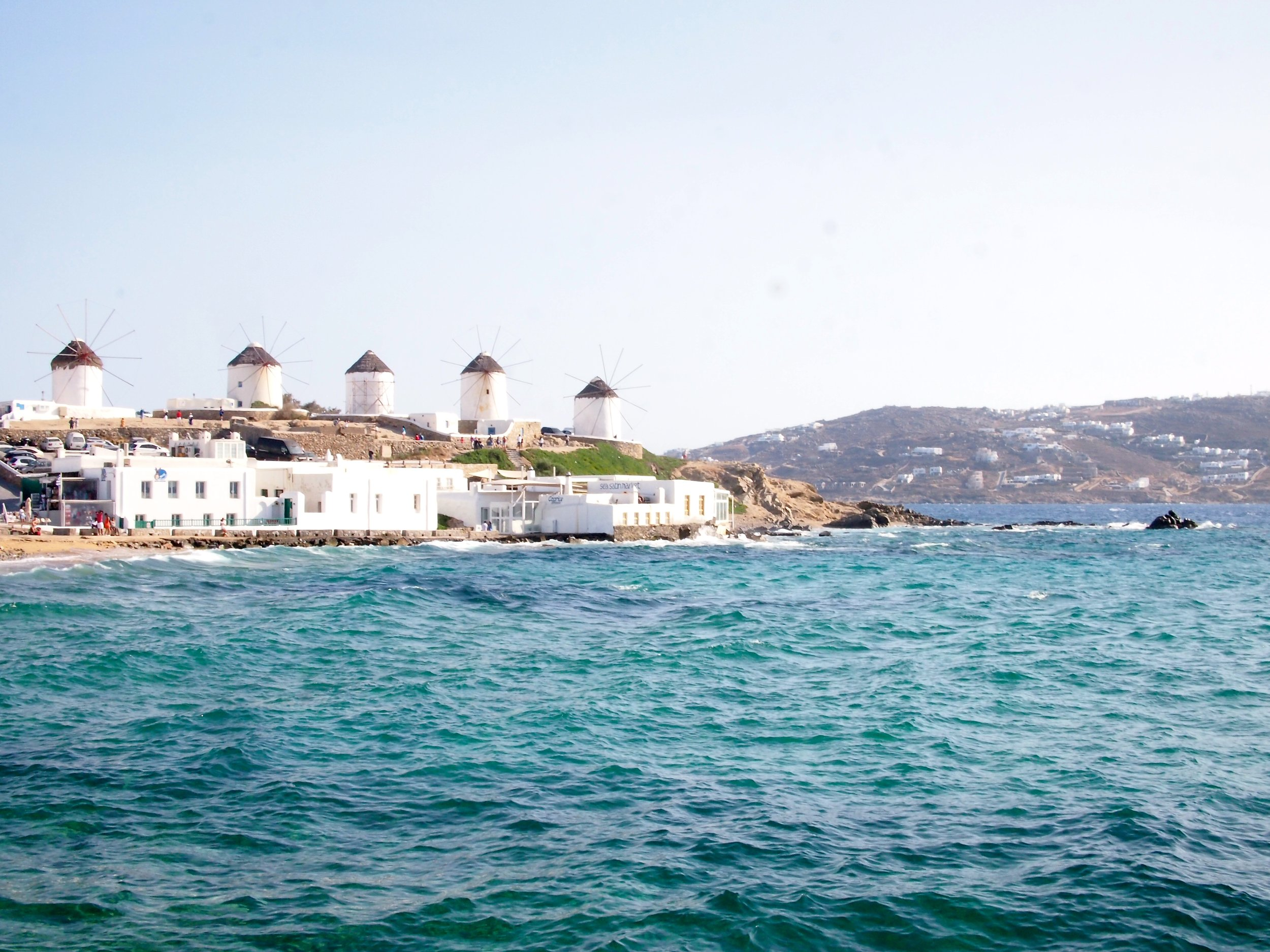 mykonos-travel-guide-windmills.JPG