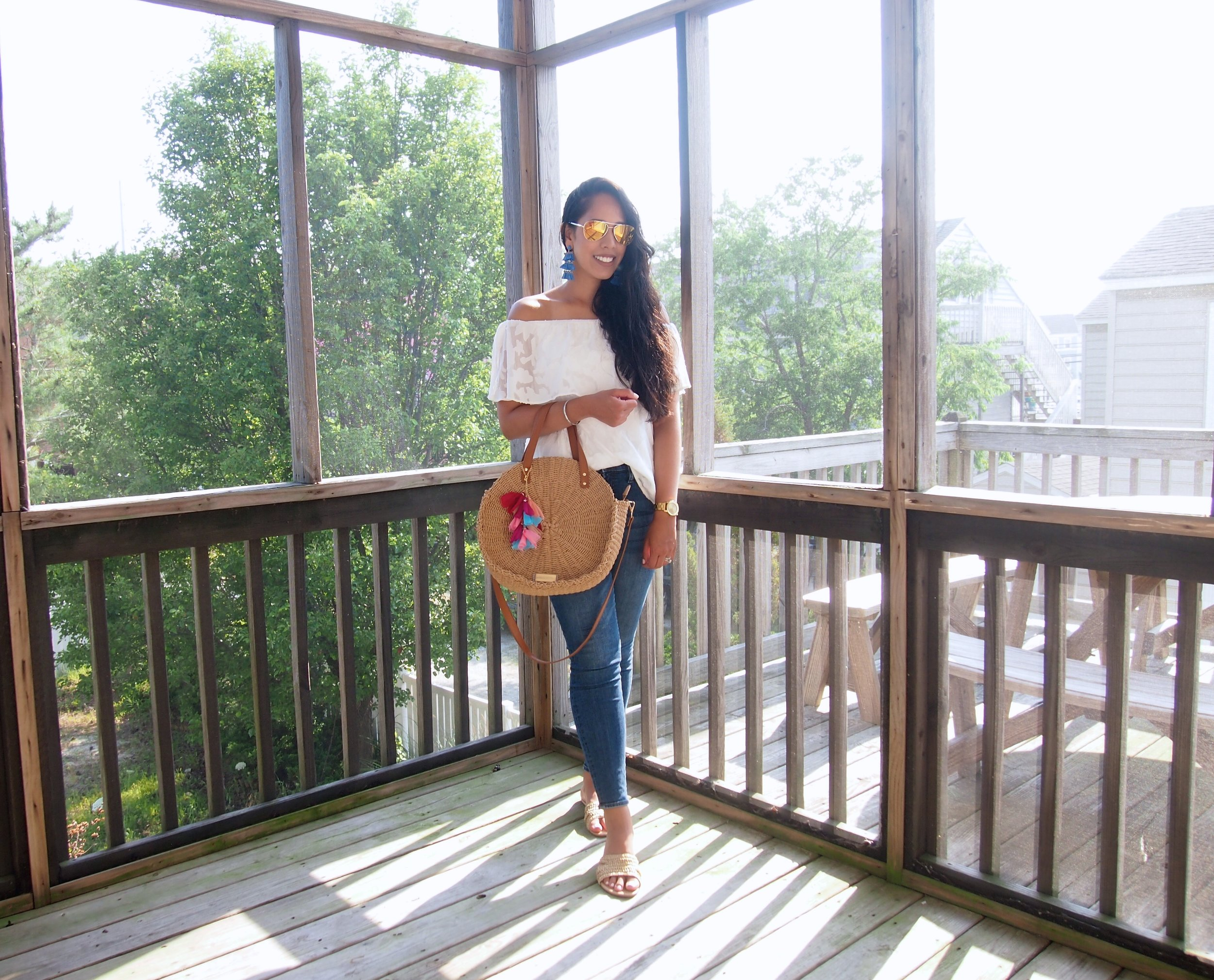 fashion-blogger-off-shoulder-top-white-vacation-outfit.jpg