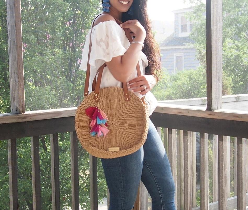 fashion-blogger-tassel-straw-bag.JPG