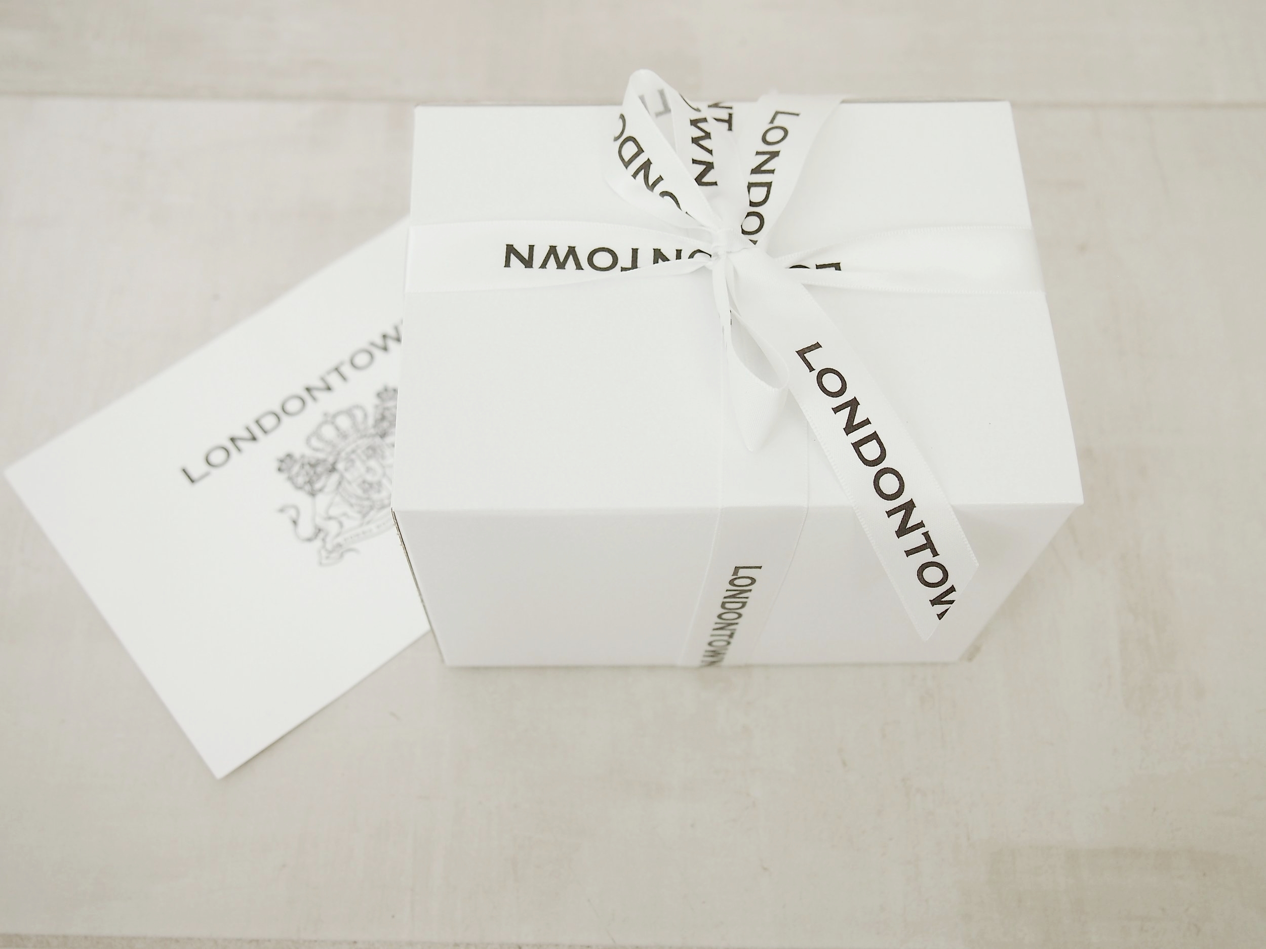 londontown-nailpolish-review-beauty.JPG