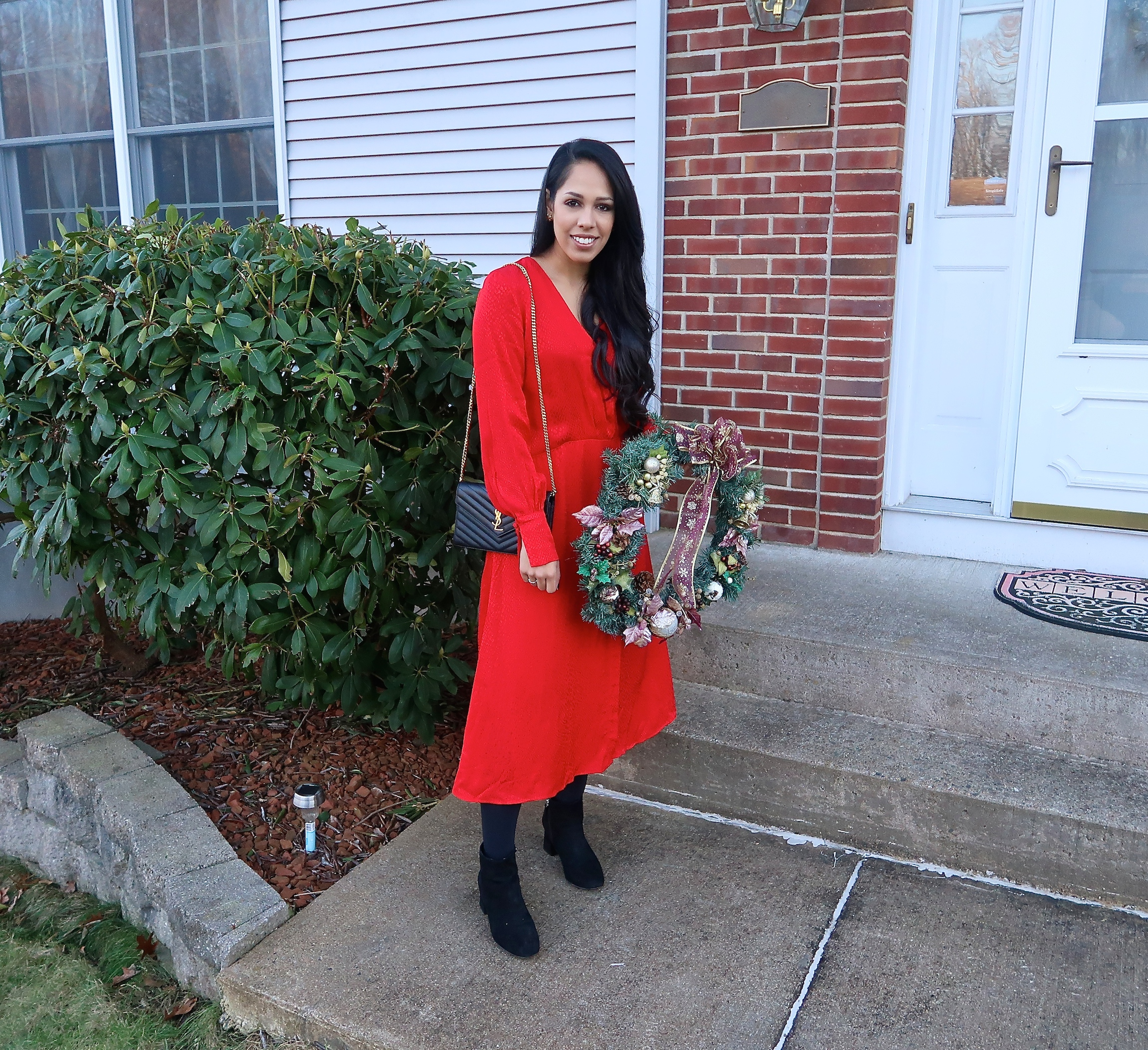 christmas-outfit-ideas-hm-red-dress.JPG