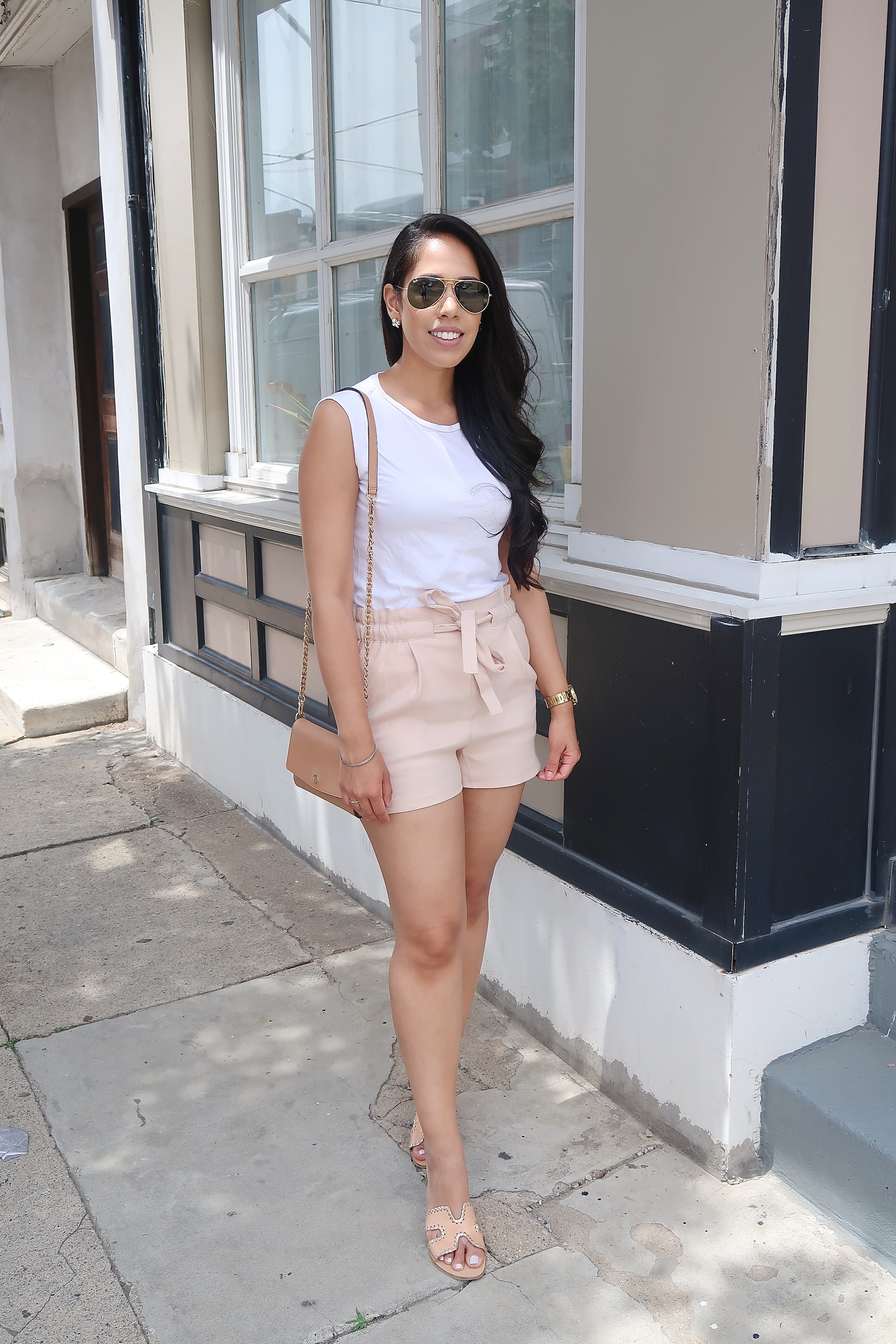philadelphia-fashion-blogger-mygoldenbeauty-style.jpg