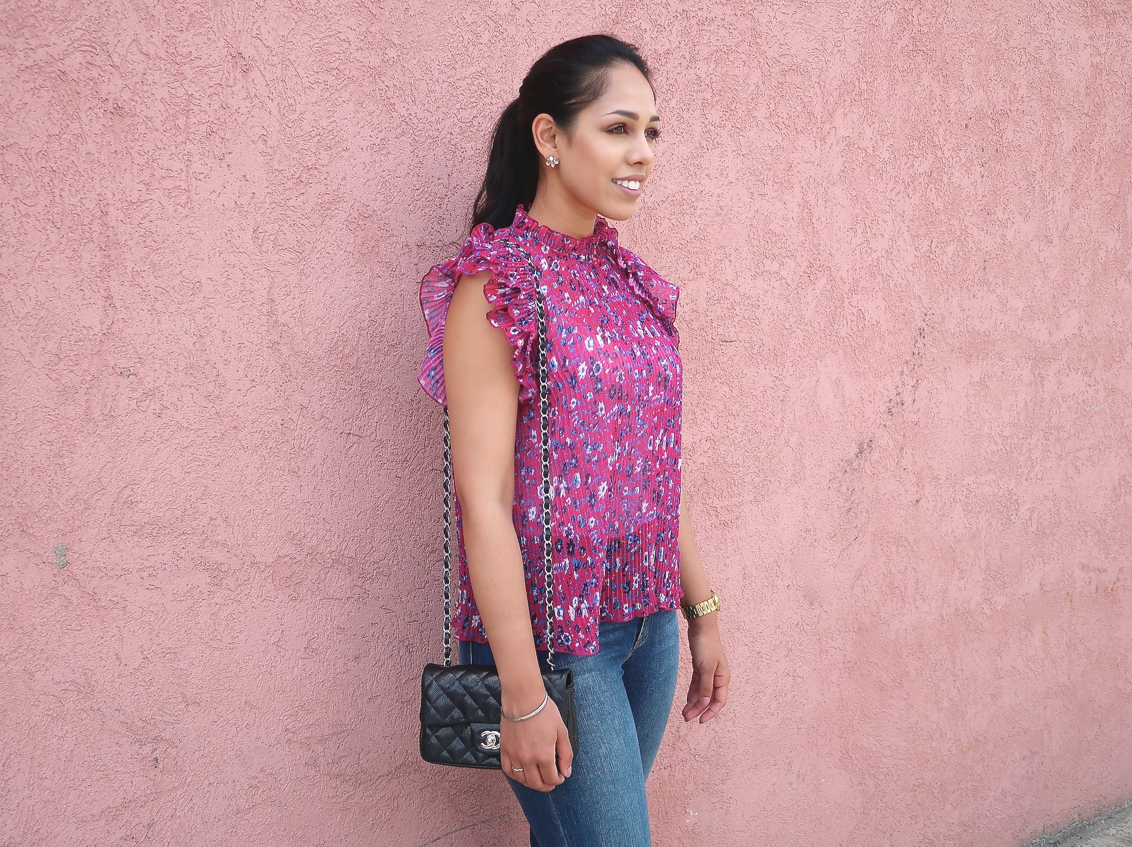 floral-blouse-fashion-summer-outfit-ideas.jpg