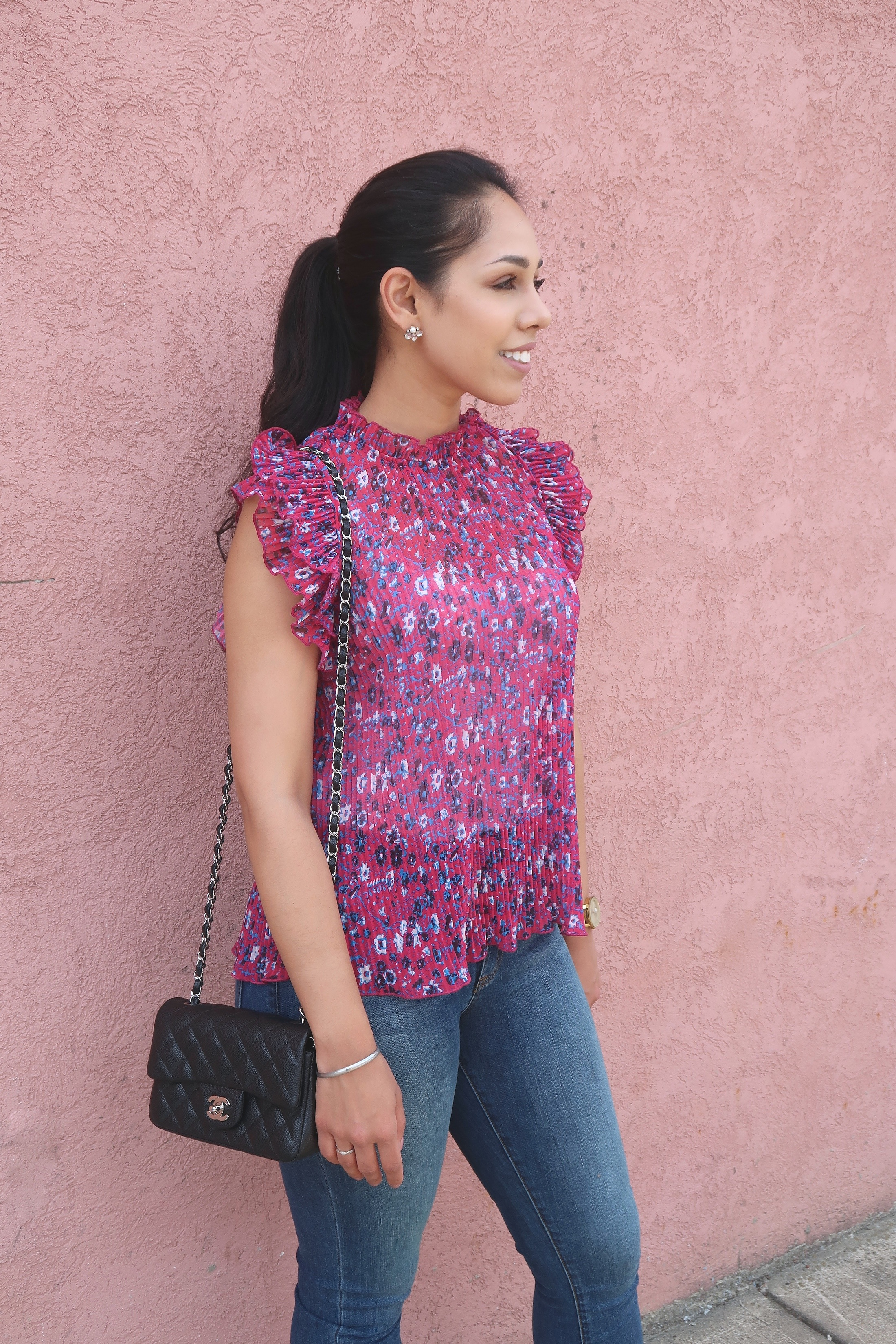 summer-outfit-ideas-floral-blouse.jpg