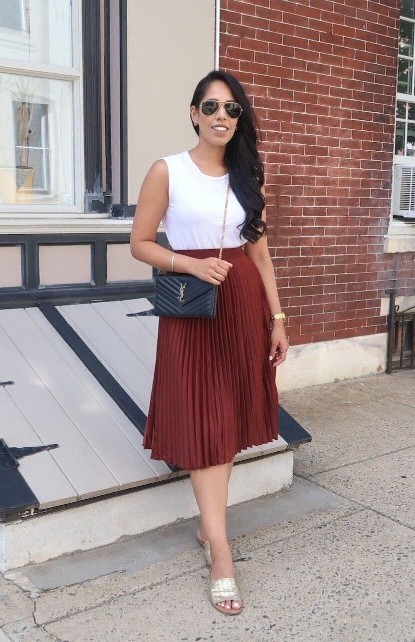fall-fashion-outfits-pleated-skirt-H&M.JPG