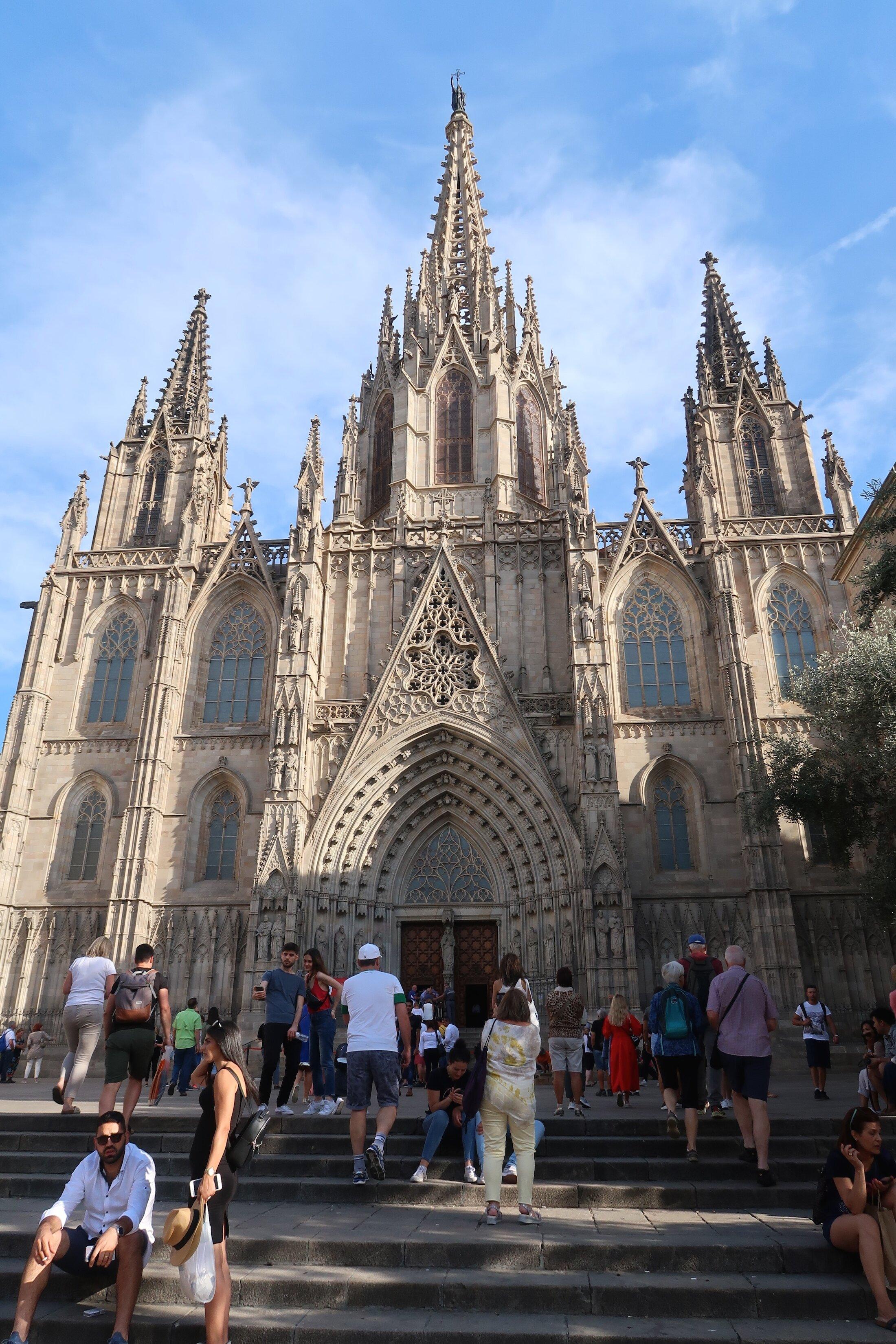 barcelona-cathedral-free-walking-tour.jpg