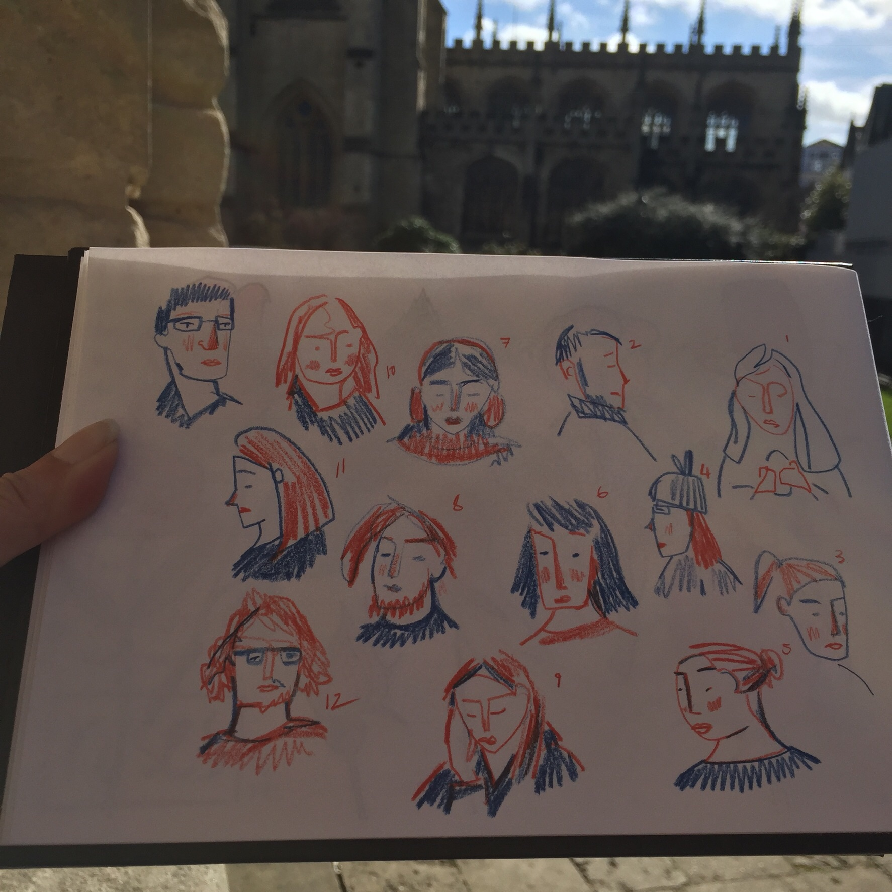 Warming up sketching tourists and students.