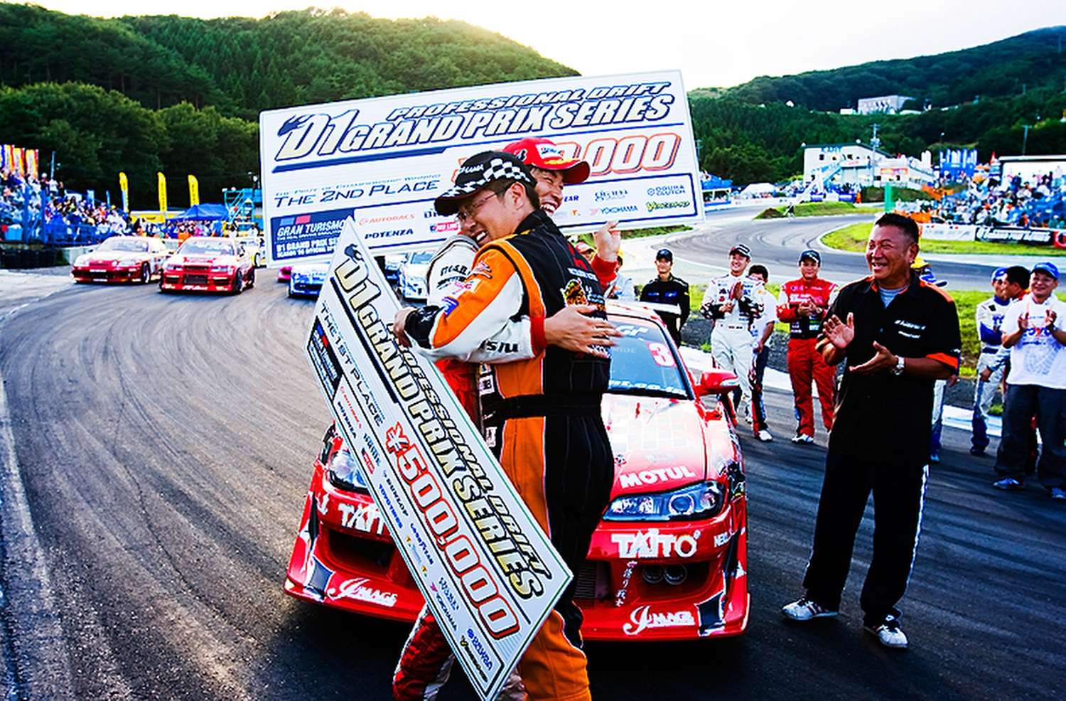 14.kumakubo_team_orange_d1gp.jpg