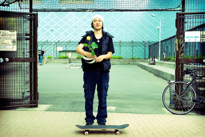 04.skateboards_and_roses_02.JPG
