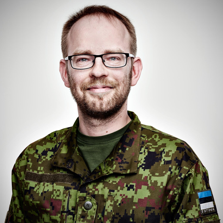 Lauri, PR specialist