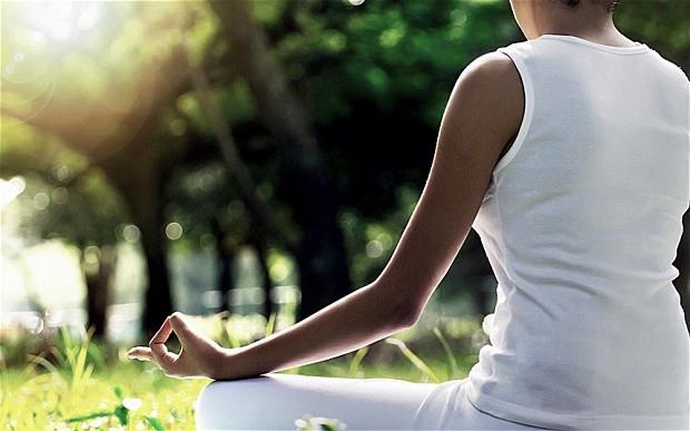 yoga_2673262b.jpg